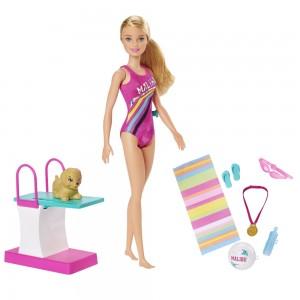 Barbie ujuja
